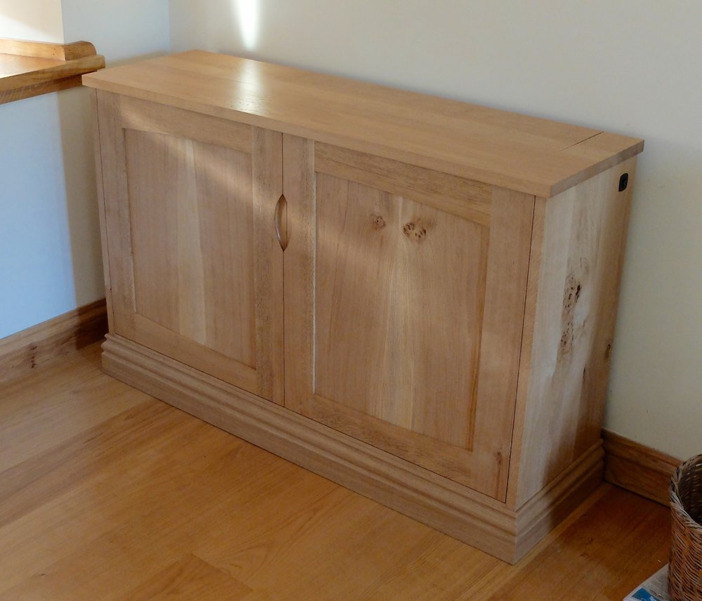 TV Cabinet with Bookmatched Doors