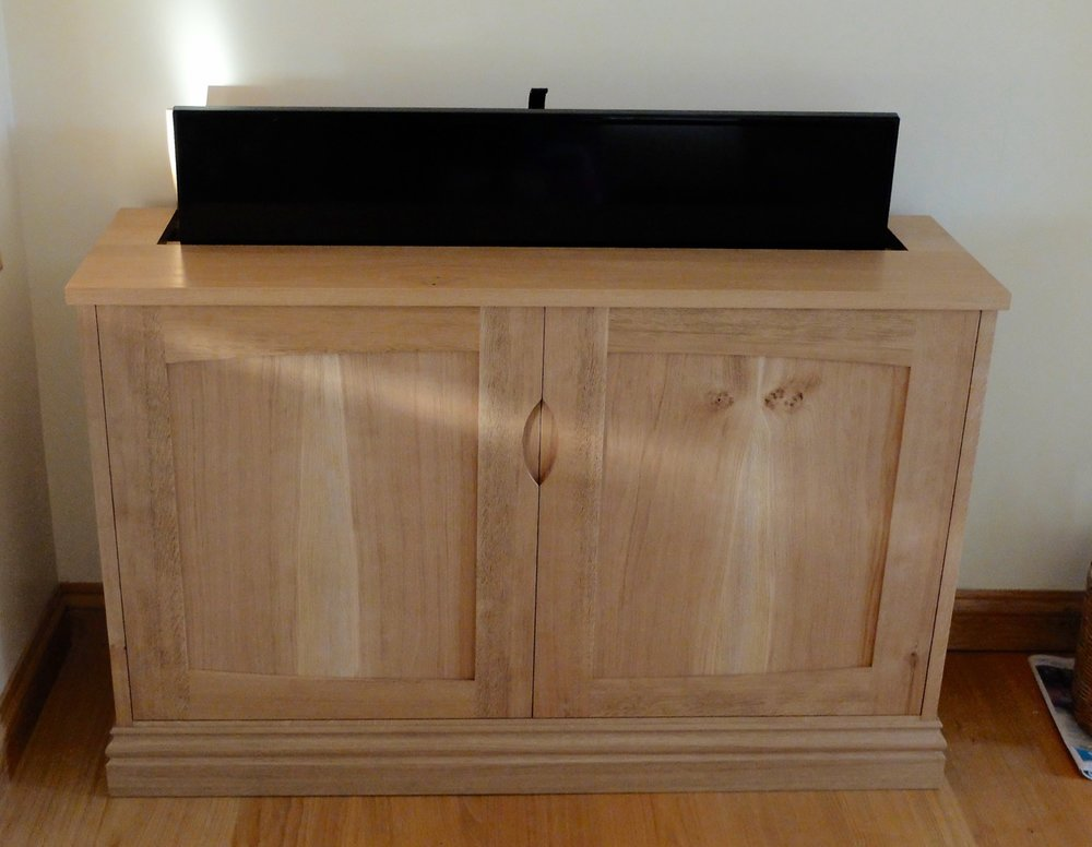 TV Cabinet with Lid Lift