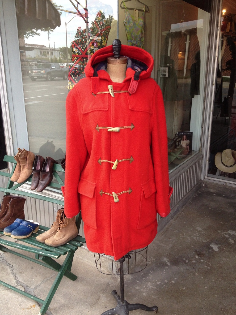 Vintage Hudson's Bay Coat, a dream, worn by a fellow, size Medium but fits me (12/16). Leather added to sleeve-ends to shore them up (red!). Long sleeves. Ridiculously beautiful. I've never seen a Duffle before by HB. $250.