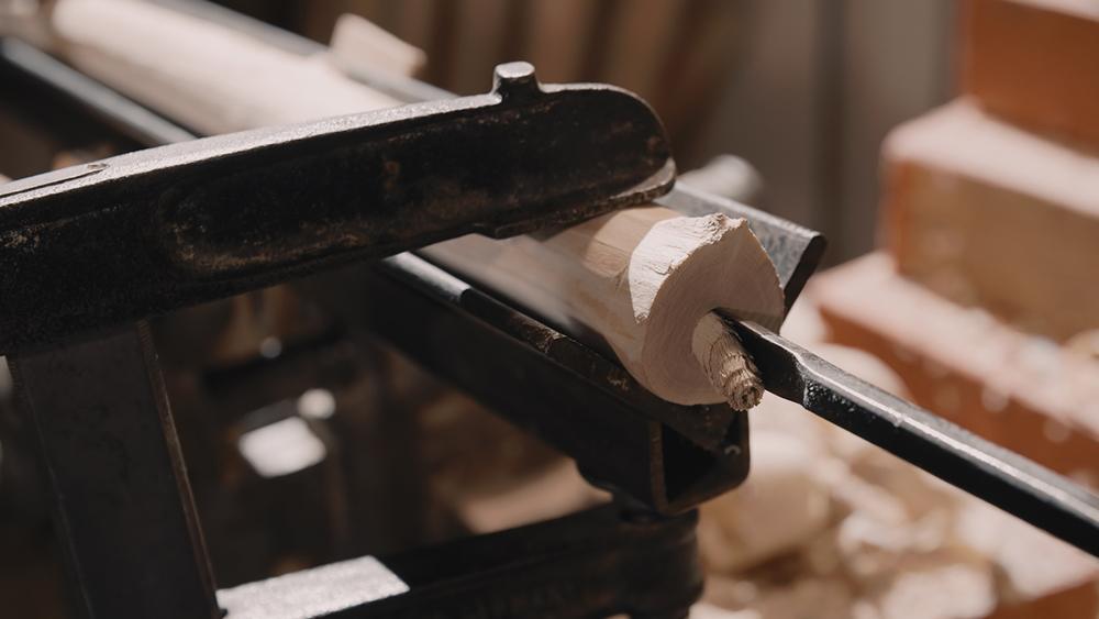 overtone-flute-master-maker winne-clement-fluiten-maker-luthier-craftsman-music-instrument-wood-wind--fujara-seljefløyte-koncovka-harmonic-tilinko-drilling