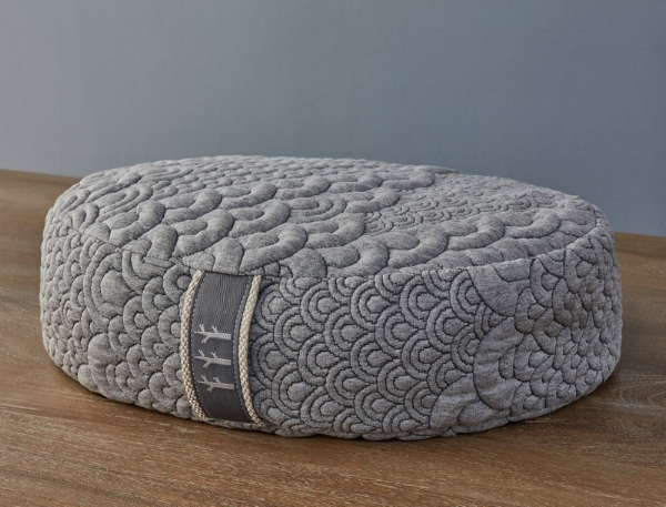 Brentwood Home Crystal Cove Meditation Pillow Review