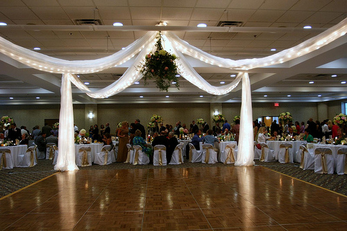Estes Williams Room canopy over 21x21 dancefloor