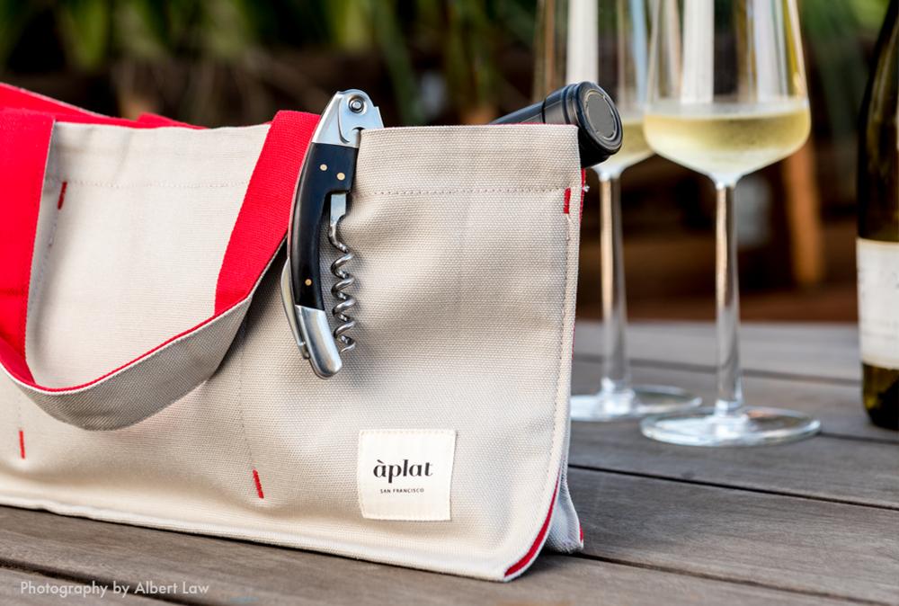 aplat horizontal wine picnic tote