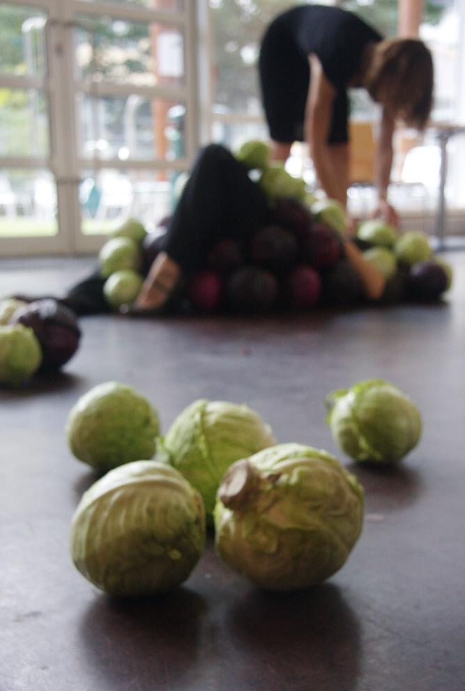 20110717-18_54_24_bn-cabbages_153-600w.JPG