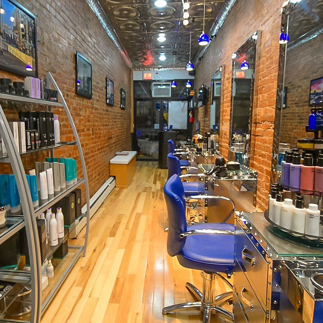 Franc Michael Salon is running a 25% off any service holiday special. Come and get your hair/makeup done soon.