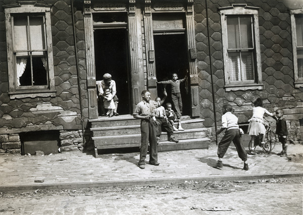 Pittsburgh: A sidewalk is a poor substitute for a play area, ca. 1938. Vintage gelatin silver print, 1938. Image measures 7 3/8 X 9 1/4 inches. Inventory no. PS0003 Terms  |  Inquire