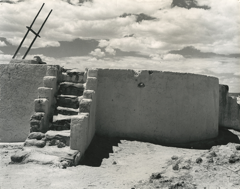 Kiva at Yahta, New Mexico,   1938. Gelatin silver print, ca. 1940s. 7 1/4 x 9 1/4 inches. Inscribed by Lange in pencil on verso. Inventory #DDL020.  Terms  |  Inquire