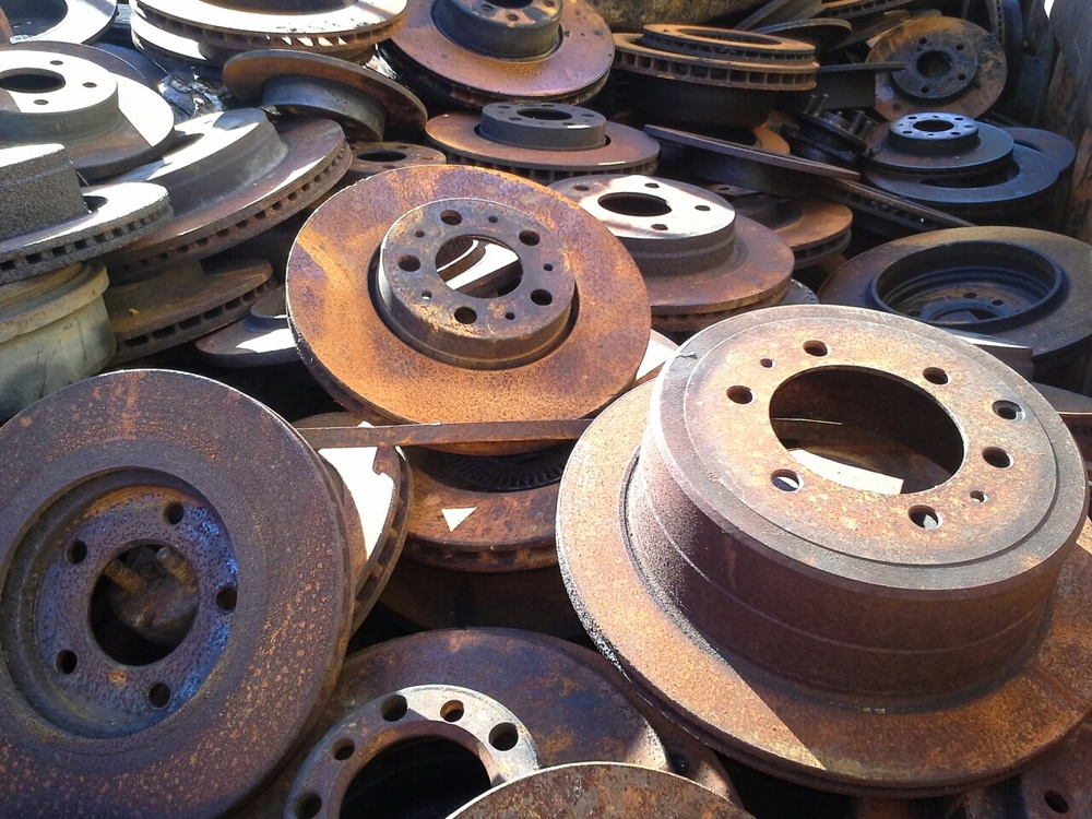 IRON BRAKE DRUMS