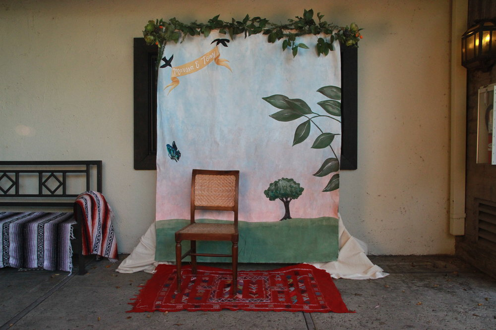 - DIY Photobooth - Frida Khalo Style Wedding