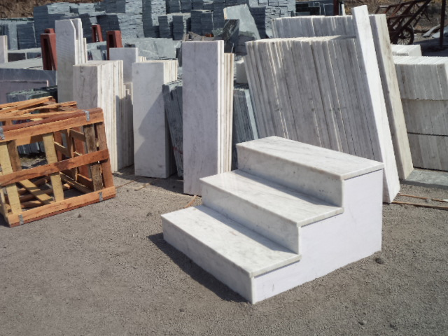 Bianco Stella Steps (2).JPG