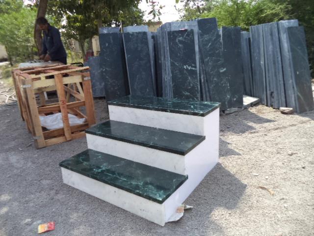 Steps with Aternate Colour (1).JPG