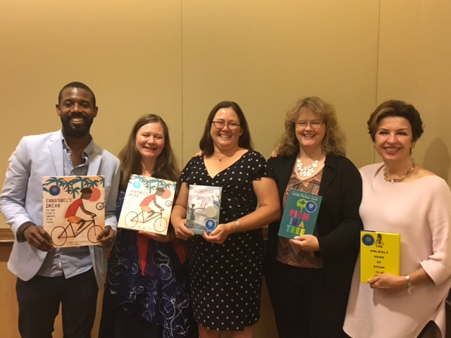 L to R: Sean Qualls, Laurie Ann Thompson, Kimberly Brubaker Bradley, Lynda Mullaly Hunt, and Teresa Toten - winners of the 2016 Schneider Family Book Awards.