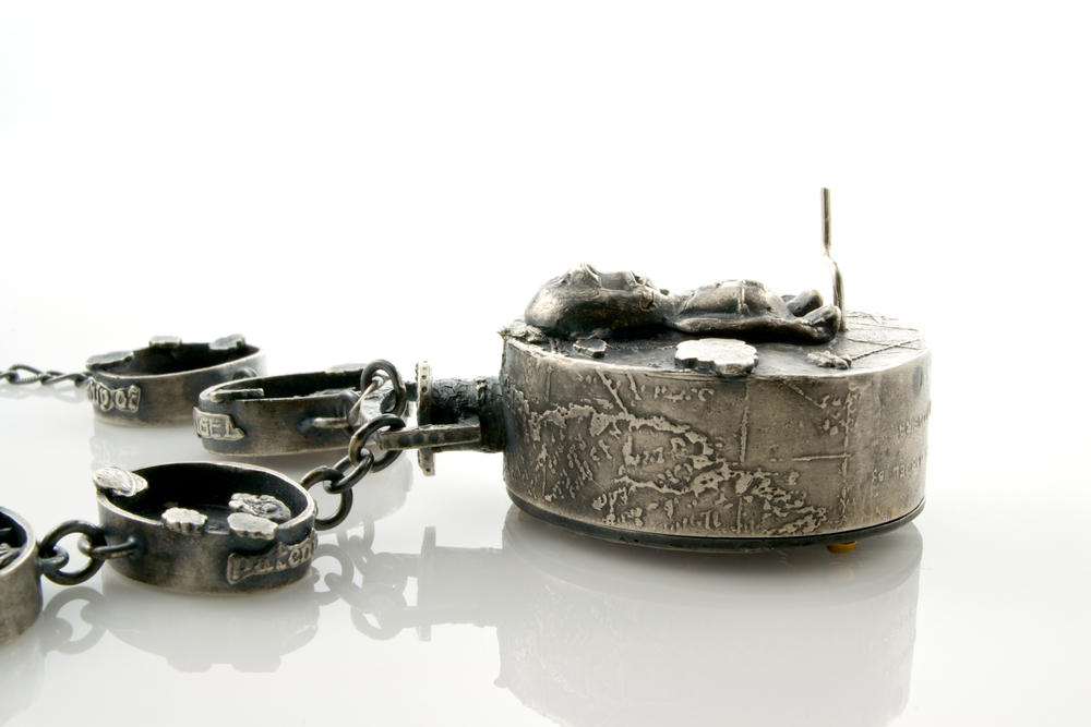"""I search for a memory so ancient: automaton pendant by Kim Nogueira"