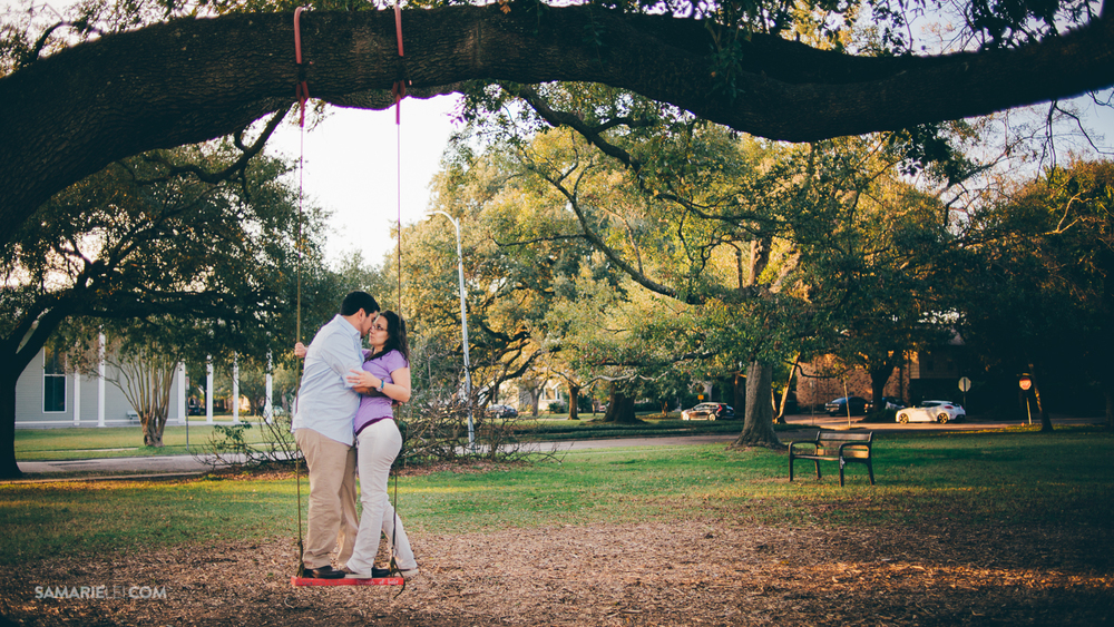 Menil park_Houston_TX_Engagement_lifestyle-06.jpg