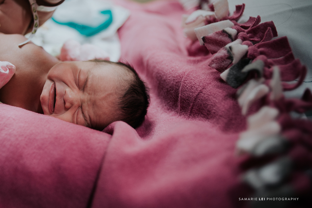 newborn-photographer-fresh-48-houston-baby-32-16.jpg