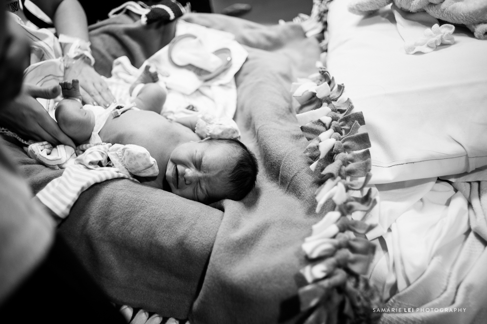 newborn-photographer-fresh-48-houston-baby-32-17.jpg