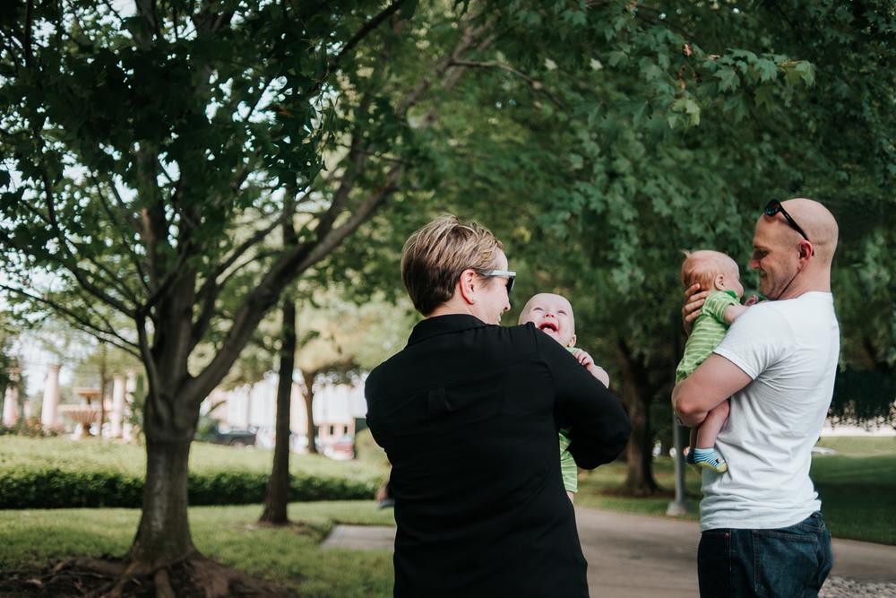 child-photographer-Houston-TX-discovery-green-1.jpg