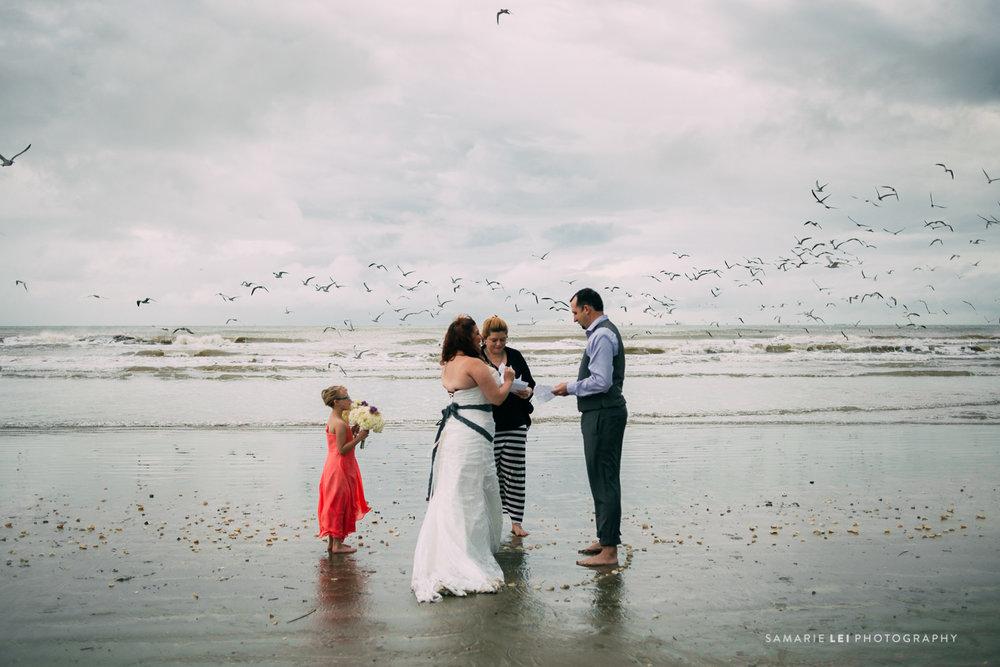 Galveston-elopement-houston-wedding-photographer-33.jpg