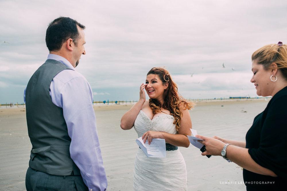 Galveston-elopement-houston-wedding-photographer-34.jpg