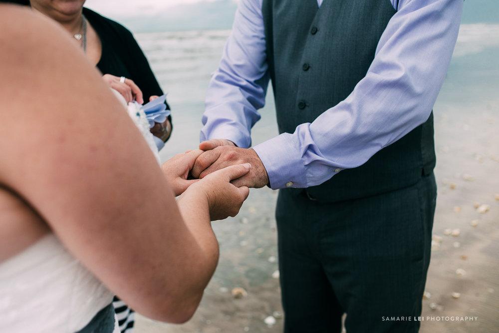 Galveston-elopement-houston-wedding-photographer-36.jpg
