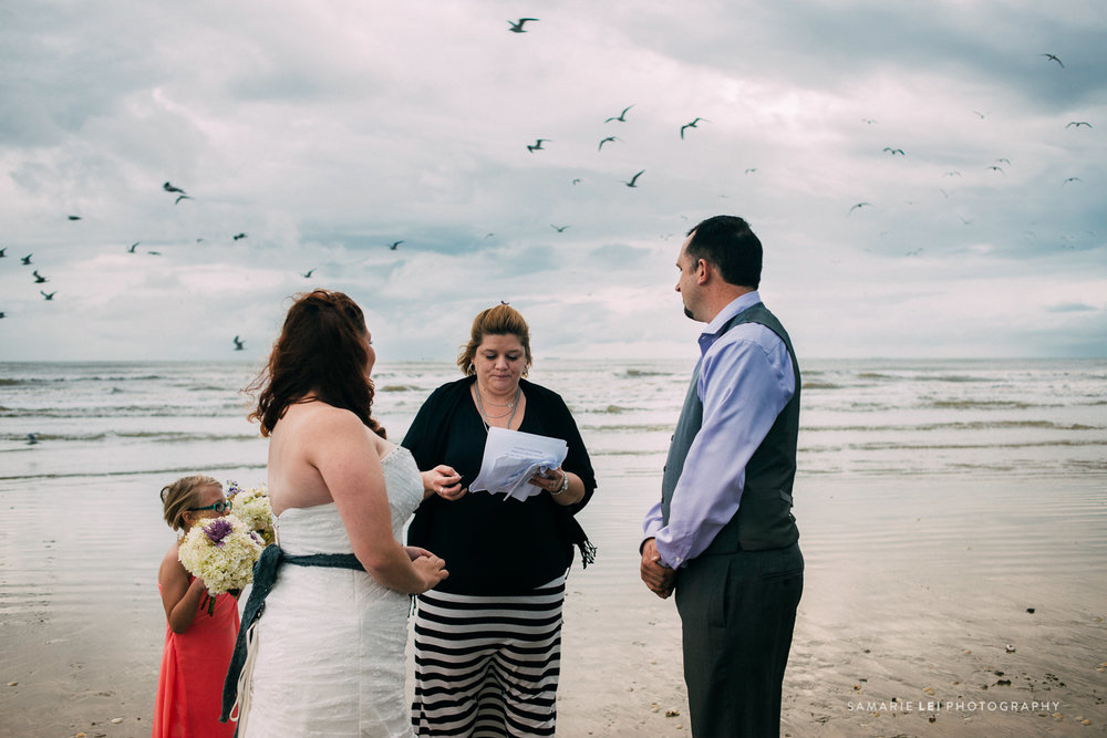 Galveston-elopement-houston-wedding-photographer-35.jpg