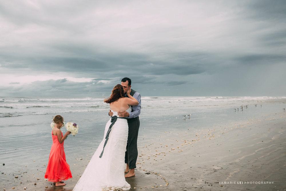 Galveston-elopement-houston-wedding-photographer-37.jpg