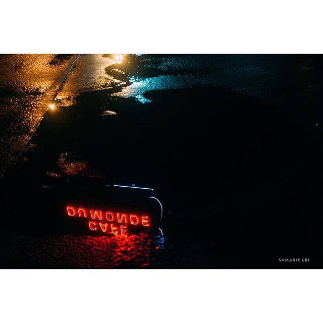Sleepless nights to late night binges.  _ _  #womaninstreet #fujiframe #fujifilmx_us #fujifilmxseries #fujixt2 #fujifilmxt2 #myfujifilm #fujifeed #lensculture #documentinglife #igtravel #fearlessandframed #dearphotographer #illuminateclasses #thehonestlens #thedocumentarymovement #goodinspired #natgeoyourshot #followyournola #nolalove #reflection #showmeyournola #streetpotography #streetshared #streethunters #twgrammers #streetphotographer #streetpoto #streettogs #cafedumonde @cafedumonde