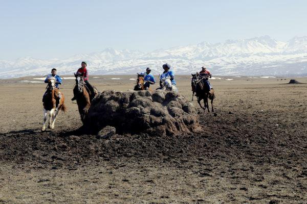 Çılgın At Oyunlarını Görün