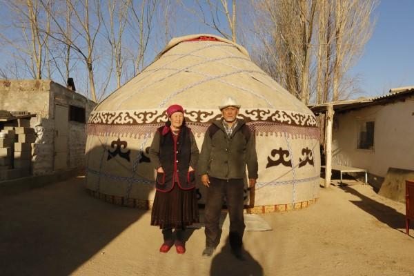 Kırgız İnsanı ile Tanışın