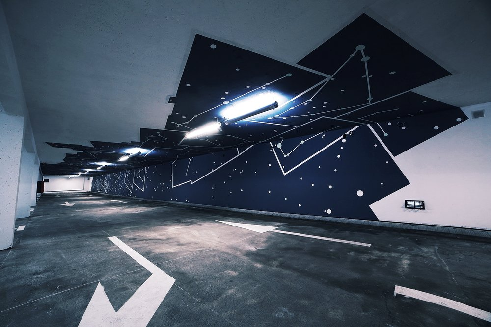 2KM3 contemporary art platform by Etienne de Fleurieu, painting on wall and ceiling