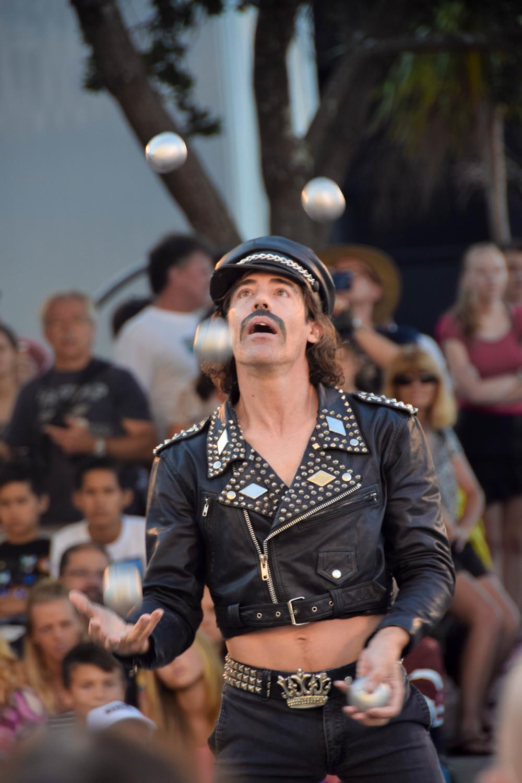 mario showing off his circus skills