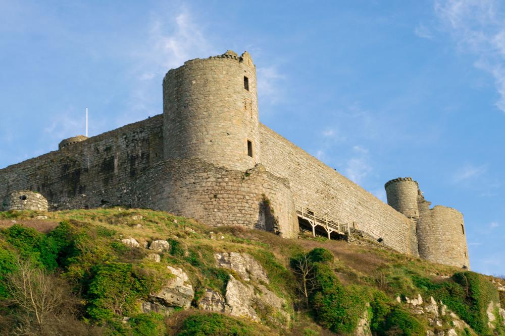 snowdonia, harlech castle, welsh castles