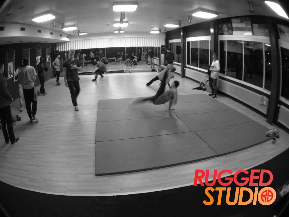 Rugged Studio I Open Training