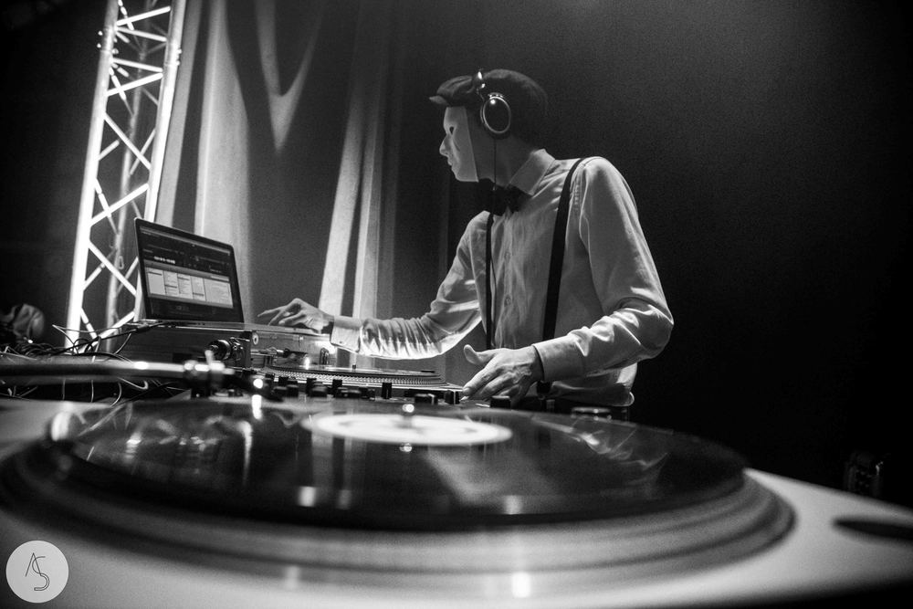 Electro swing cabaret - Ninkasi- photographe evenements - Adriana Salazar photo-9.jpg