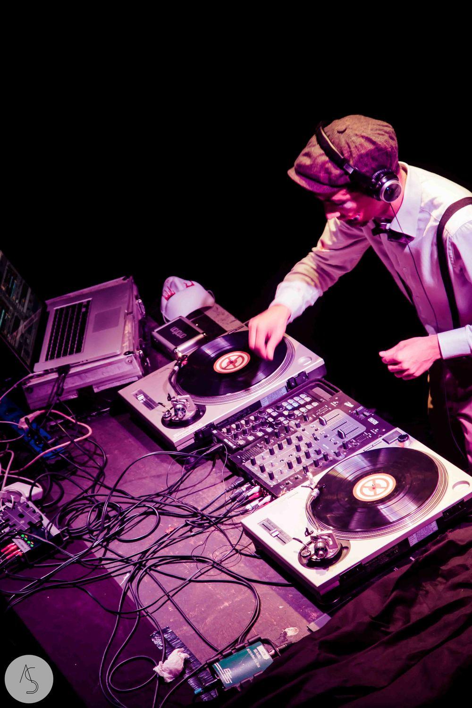 Electro swing cabaret - Ninkasi- photographe evenements - Adriana Salazar photo-11.jpg