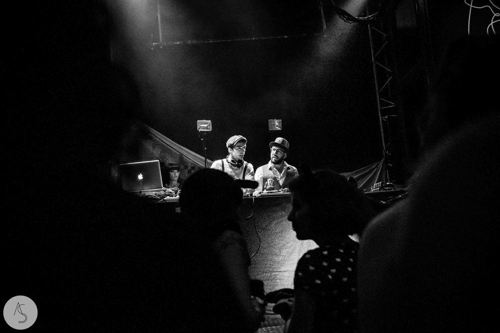 Electro swing cabaret - Ninkasi- photographe evenements - Adriana Salazar photo-23.jpg