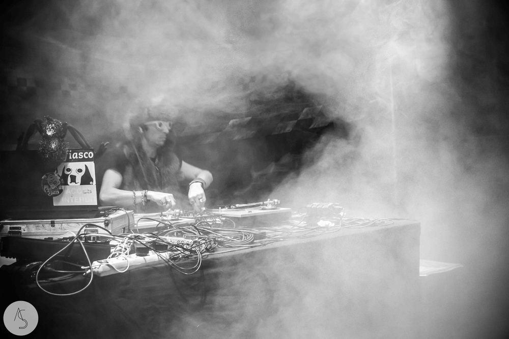 Electro swing cabaret - Ninkasi- photographe evenements - Adriana Salazar photo-139.jpg