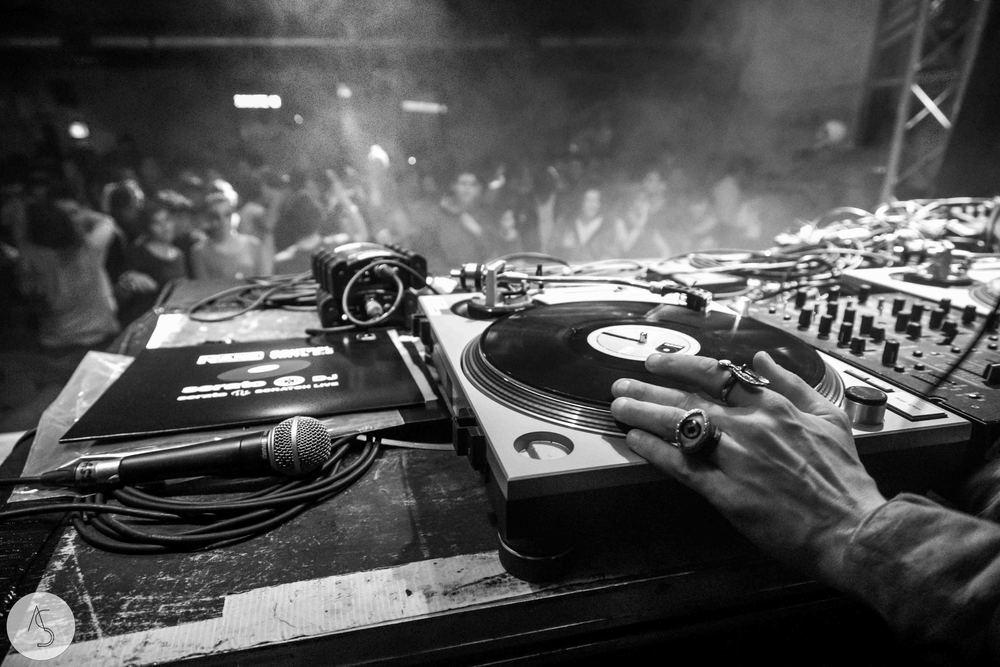 Electro swing cabaret - Ninkasi- photographe evenements - Adriana Salazar photo-140.jpg