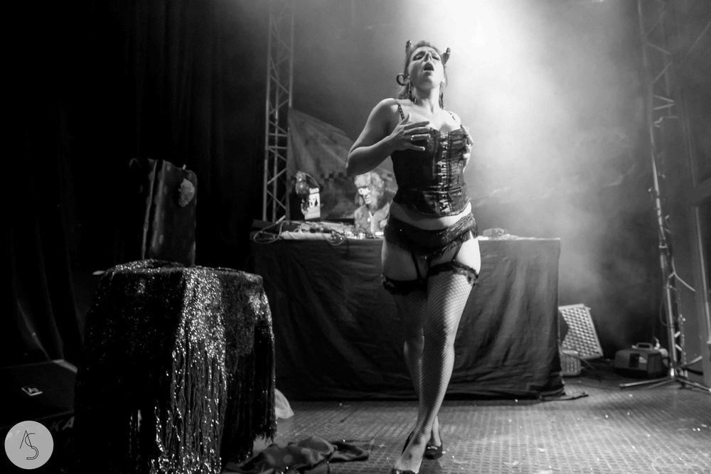 Electro swing cabaret - Ninkasi- photographe evenements - Adriana Salazar photo-191.jpg