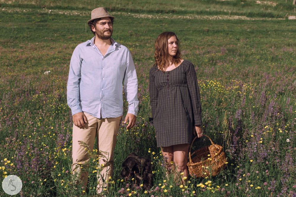 Séance engagement - La Drôme - Lifestyle_ Photographe couple15.jpg