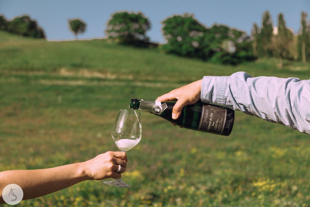 Séance engagement - La Drôme - Lifestyle_ Photographe couple28.jpg