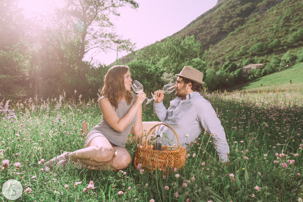 Séance engagement - La Drôme - Lifestyle_ Photographe couple31.jpg