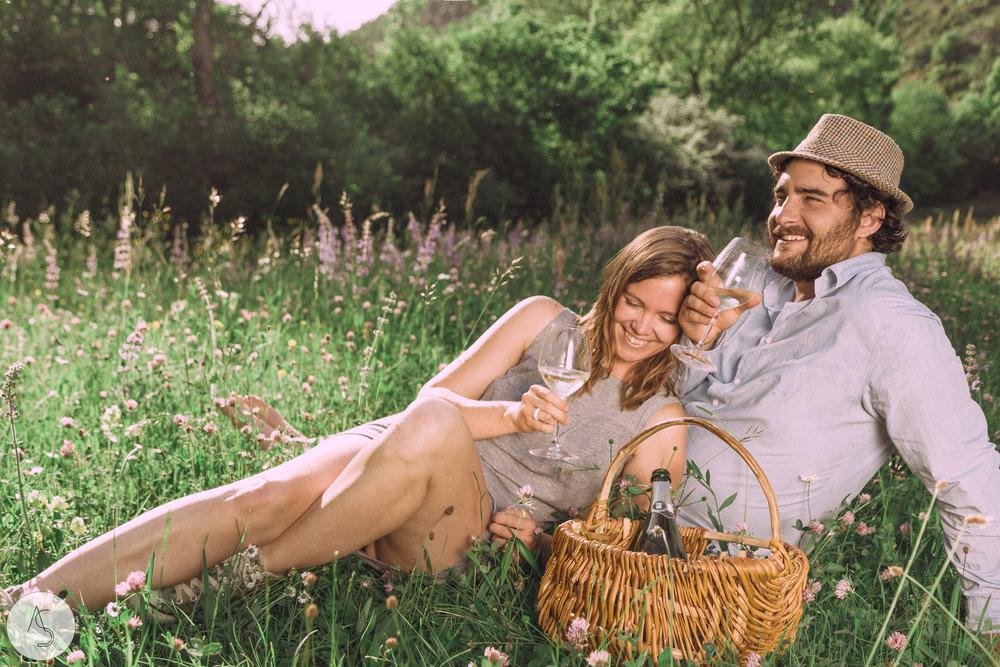 Séance engagement - La Drôme - Lifestyle_ Photographe couple30.jpg