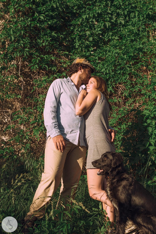 Séance engagement - La Drôme - Lifestyle_ Photographe couple45.jpg