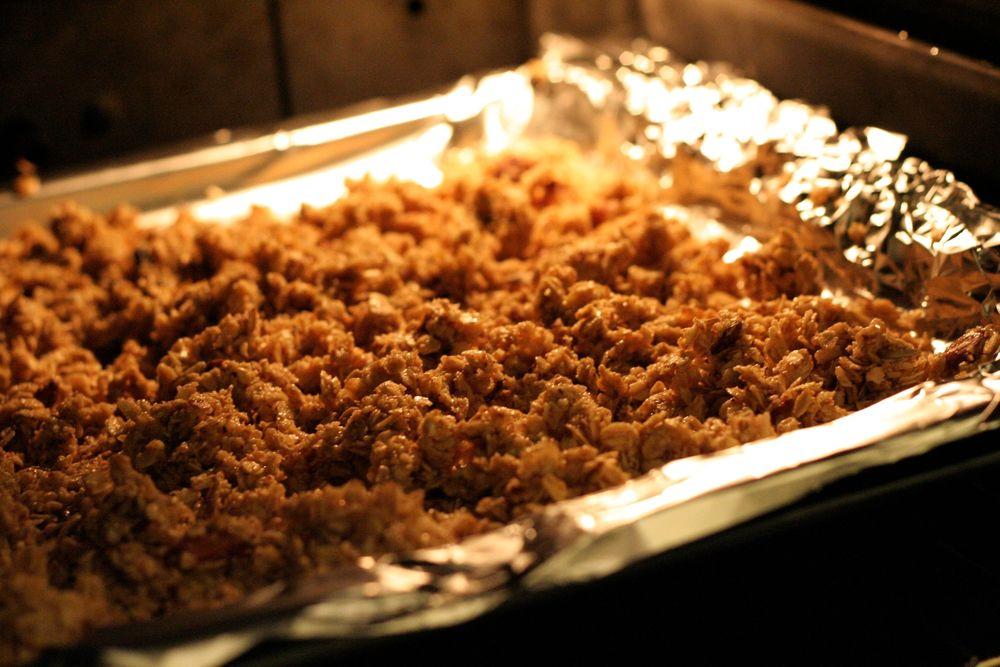 Le granola qui croustille, doré au four