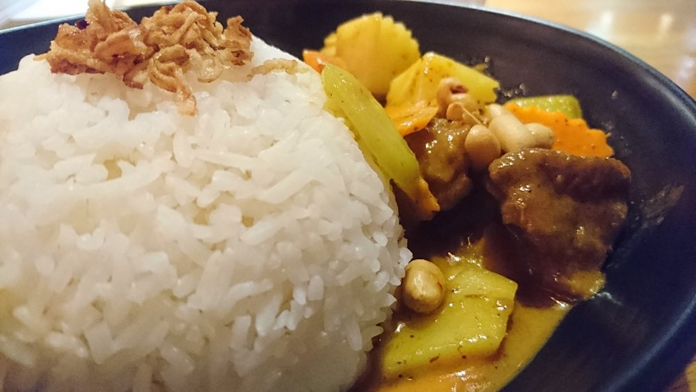 Lamb Massaman Curry with peanuts, onion and potatoes is available for lunch and dinner in two sizes