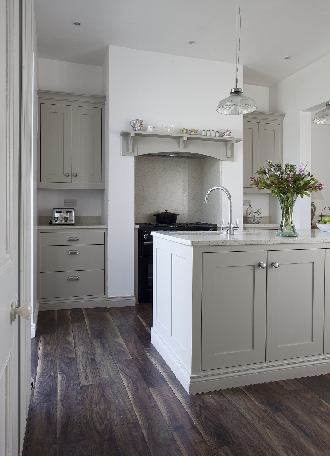 Farrow and Ball Hardwick White Modern Country kitchen