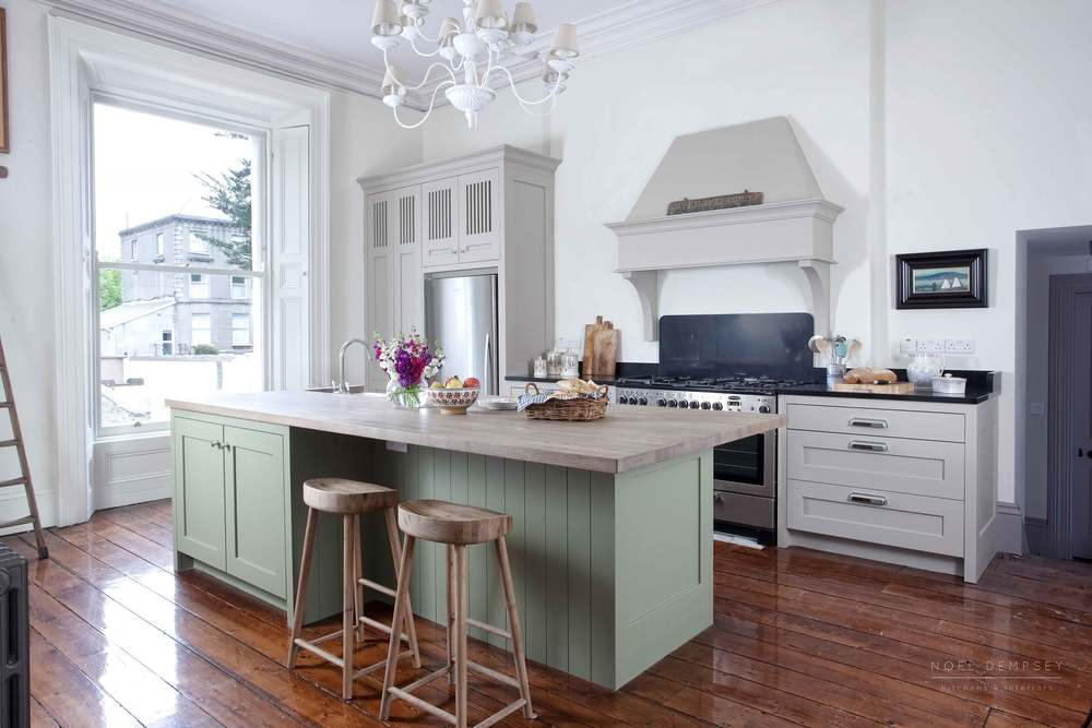 Belgrave-Plain-English-Kitchens-Ireland-1.jpg