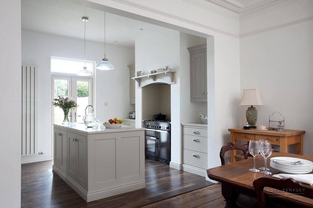 Hannaville-Plain-English-Painted-Kitchens-Dublin-1.jpg