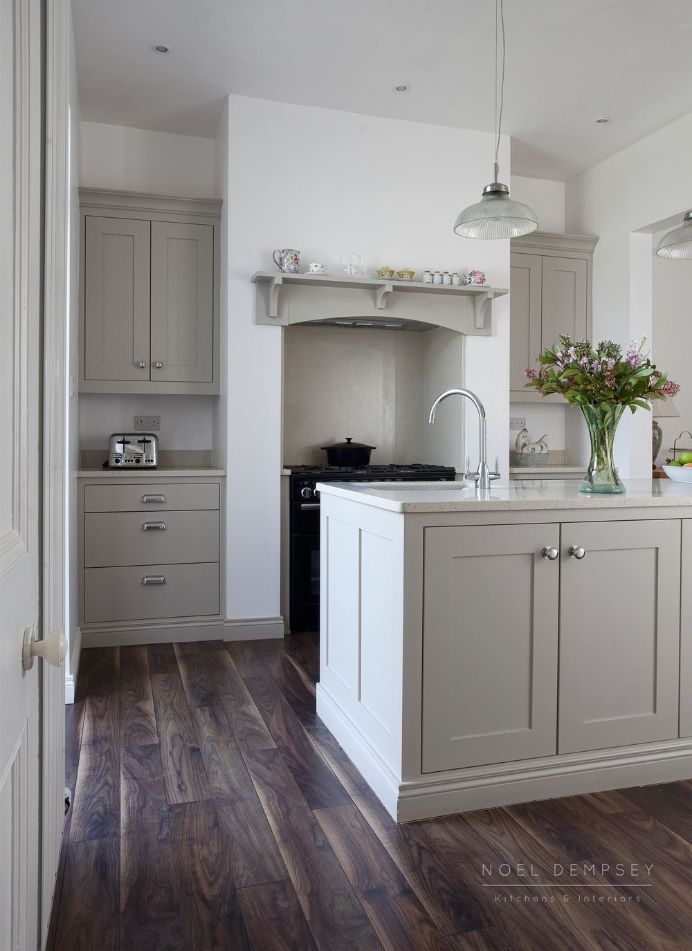 Hannaville-Plain-English-Painted-Kitchens-Dublin-4.jpg
